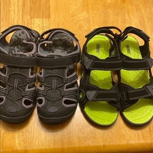 Boys size 4 sandals adjustable straps